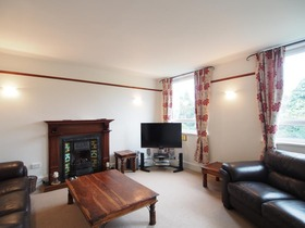 Beaconsfield Place, Top Floor, West End (Aberdeen), AB15 4AD