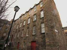 South Grays Close, City Centre (Edinburgh), EH1 1NL