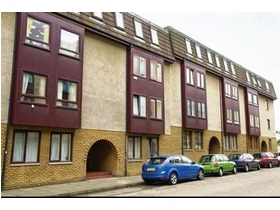 /, Lochrin Place, Tollcross, EH3 9RB