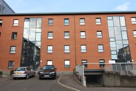 Cardon Square, Braehead (Renfrew), PA4 8BY