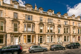 Learmonth Terrace, West End (Edinburgh), EH4 1PG