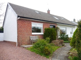 Giffen Place , Strathaven, ML10 6HE