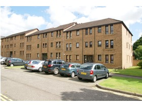 30 Garriochmill Road, Kelvinbridge, G20 6LT